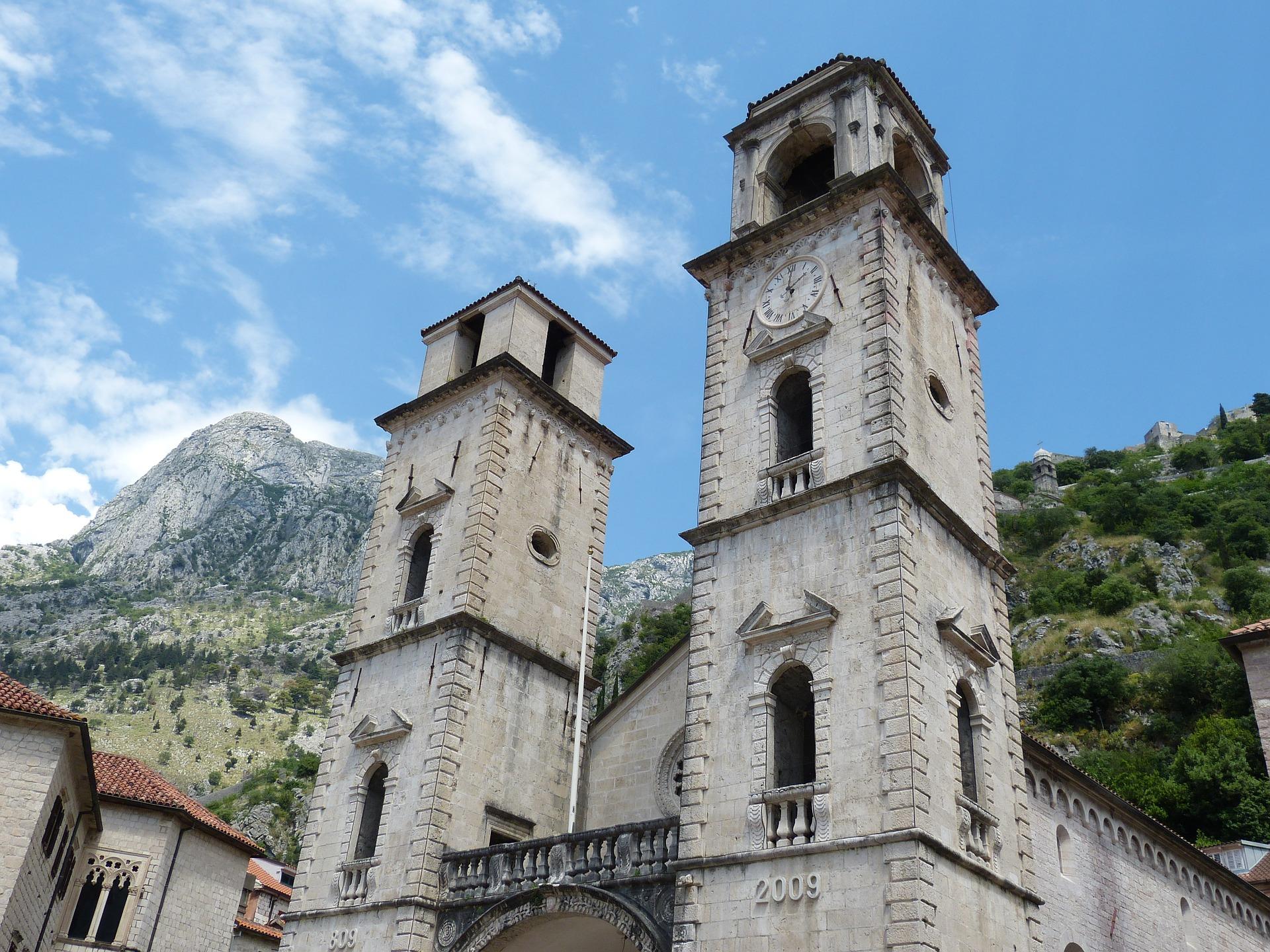 Просмотр достопримечательностей Черногории